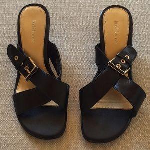 Excellent Condition Liz Claiborne Slip On Sandals